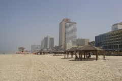 news 4 Tel aviv spiaggia